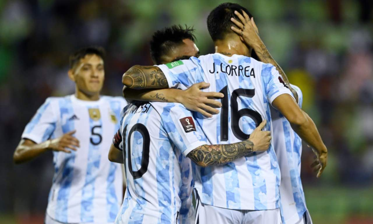 L'esultanza di Messi, Correa e Lautaro in Venezuela-Argentina