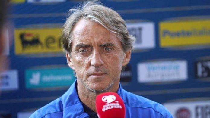 Mancini al microfono