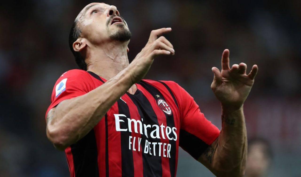 Ibrahimovic stoppa la palla al volo