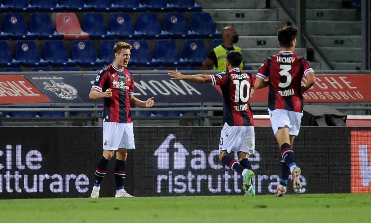 Bologna, Svanberg esulta dopo il gol al Verona