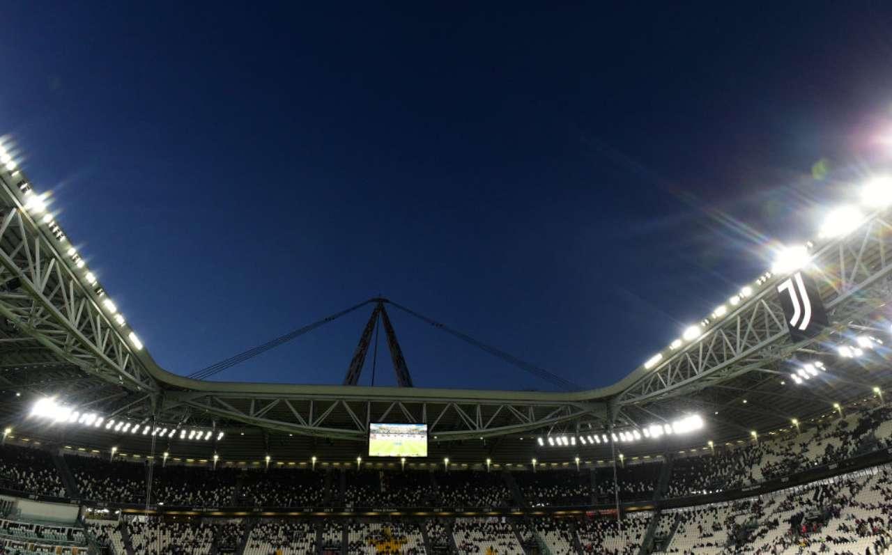 Tifosi all'Allianz Stadium