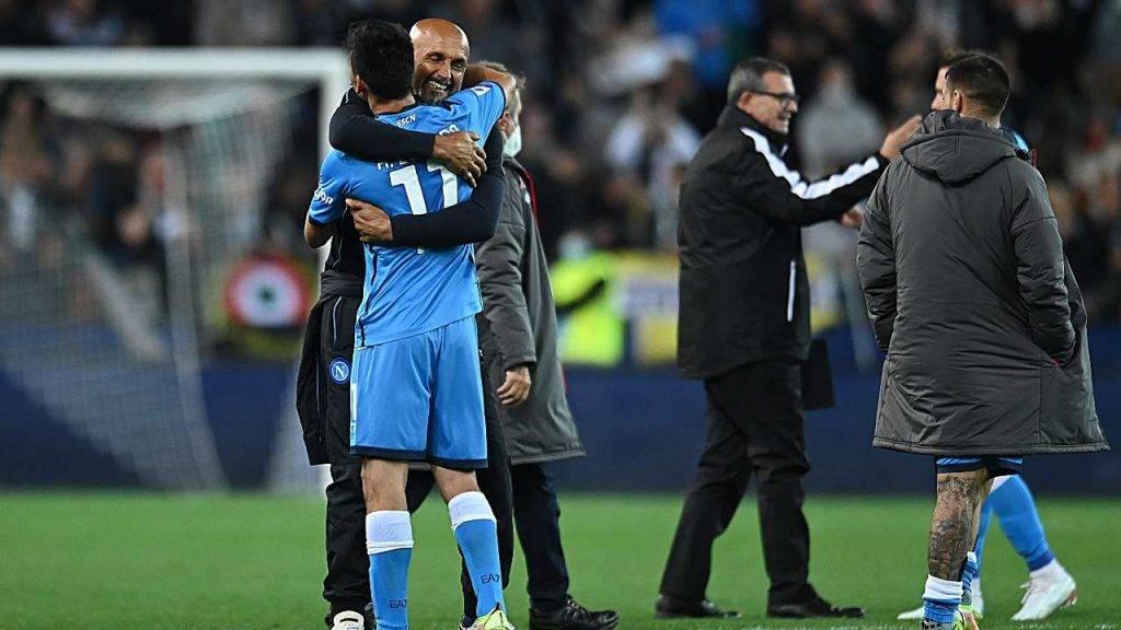 Spalletti abbraccia Lozano