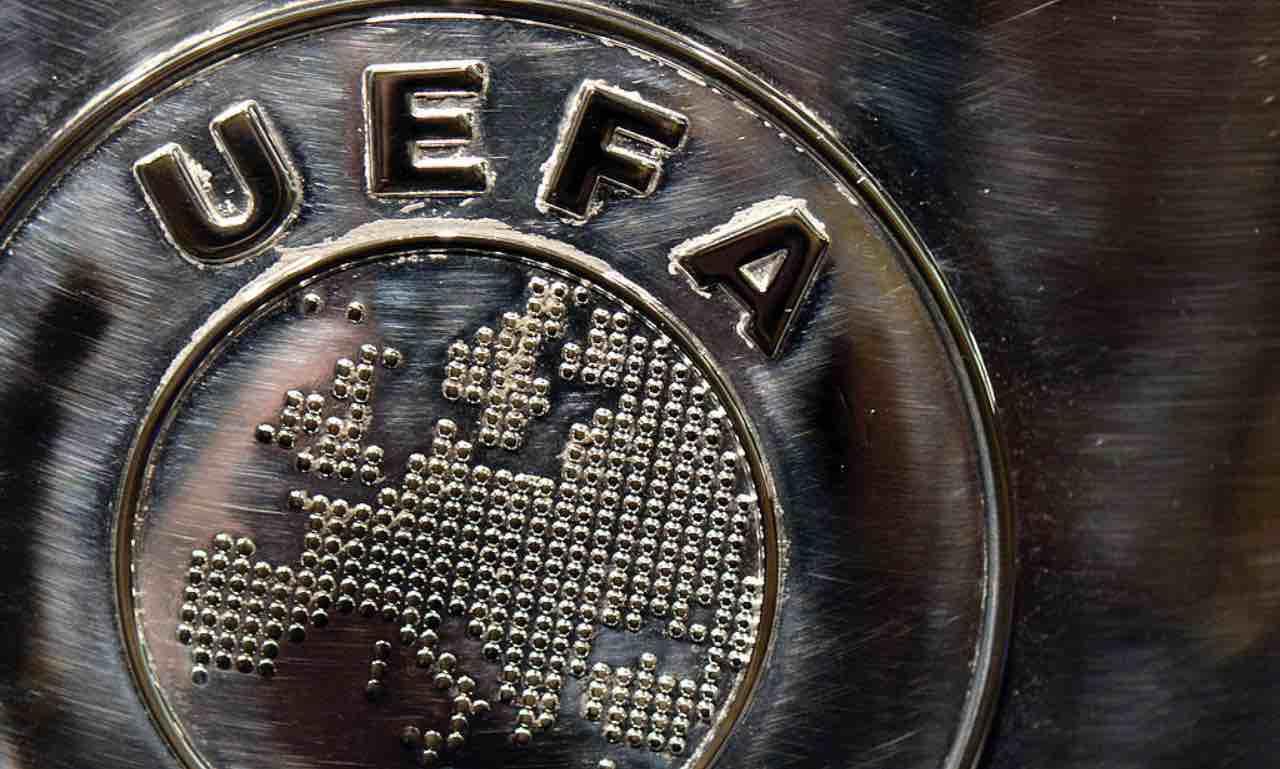 Lo stemma della UEFA