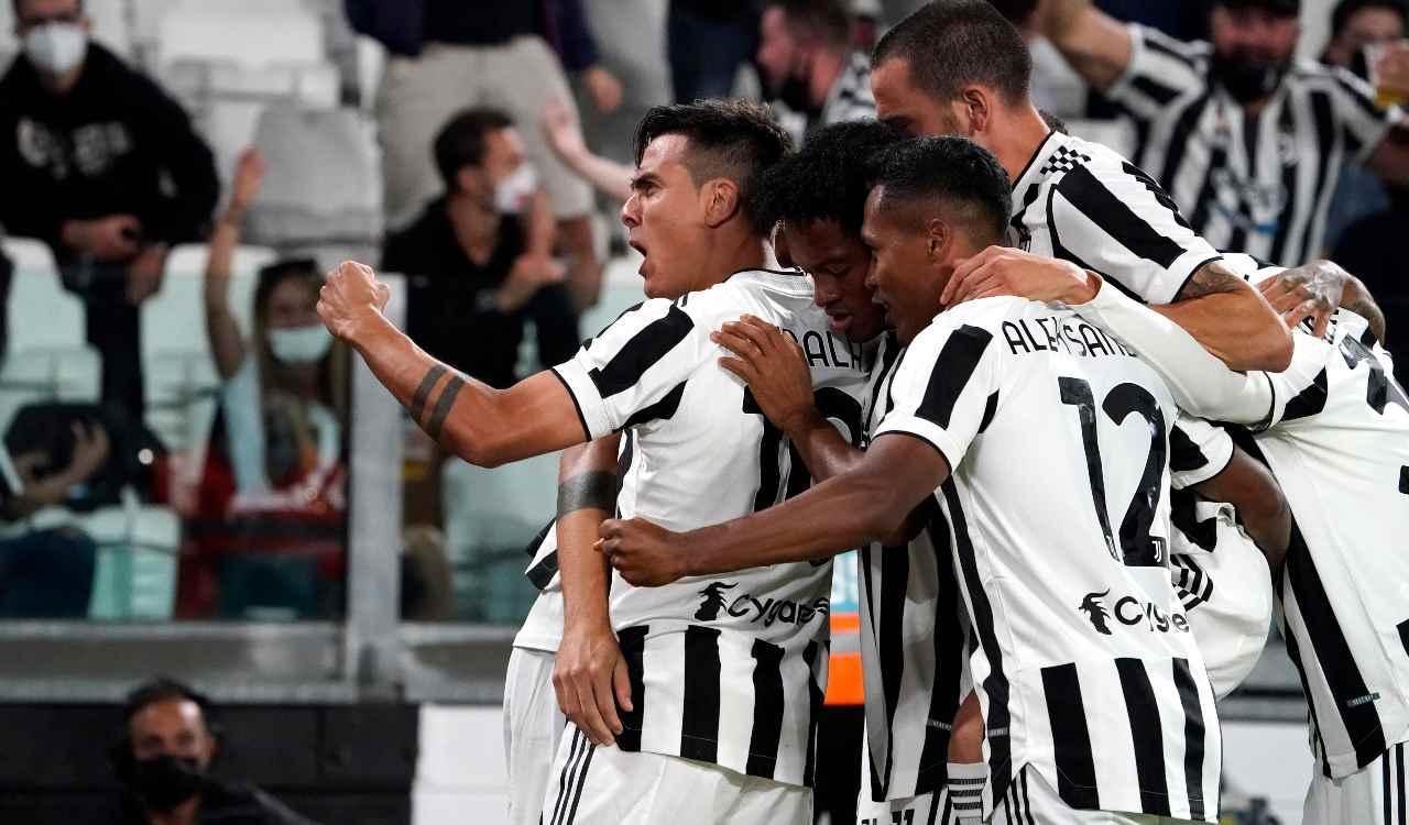 La Juventus esulta dopo un gol
