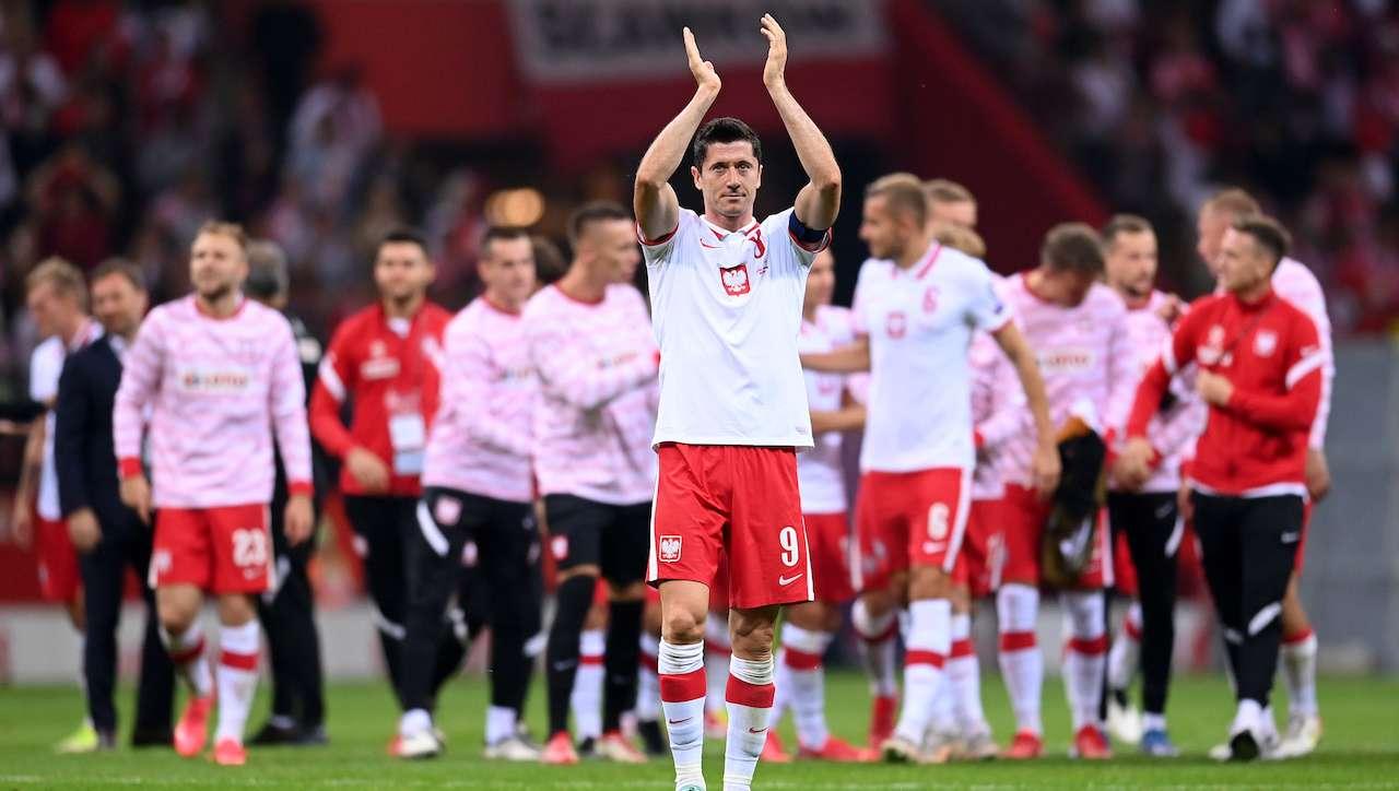 Lewandowski saluta il pubblico