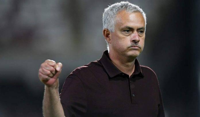 Mourinho esulta