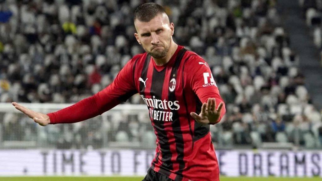 Rebic esulta dopo il gol alla Juventus