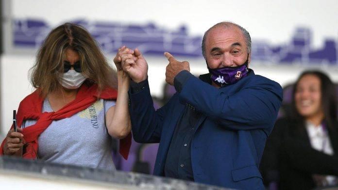 Commisso in tribuna per una partita della Fiorentina femminile