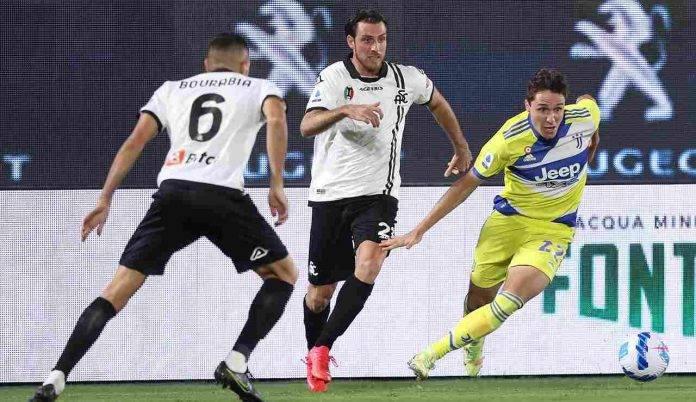 Un'azione di Spezia Juventus