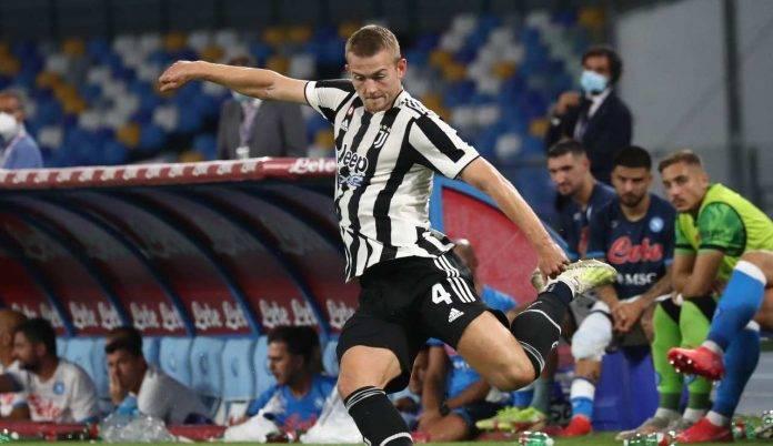 de Ligt in azione durante Napoli-Juve