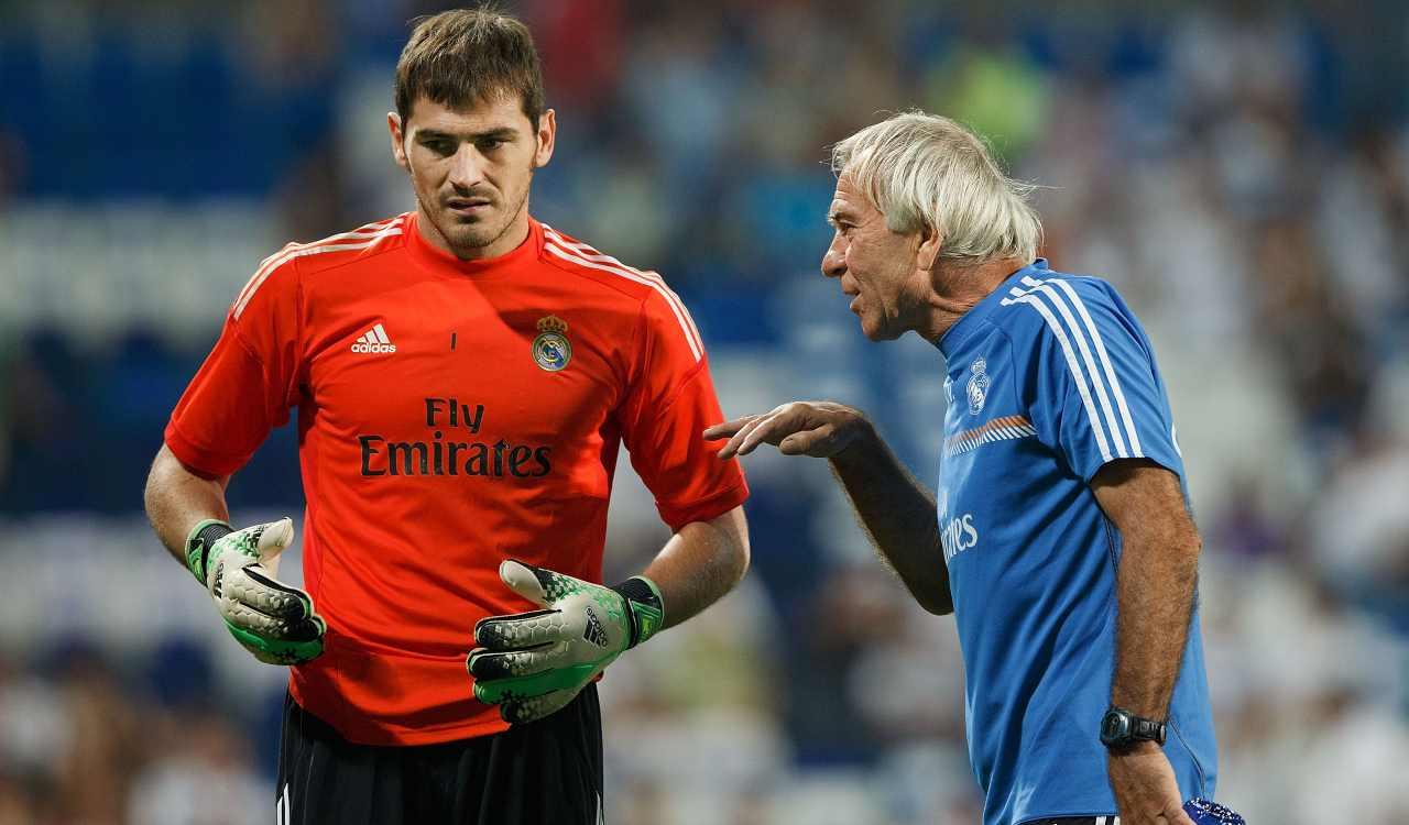 Villiam Vecchi con Iker Casillas, al Real Madrid