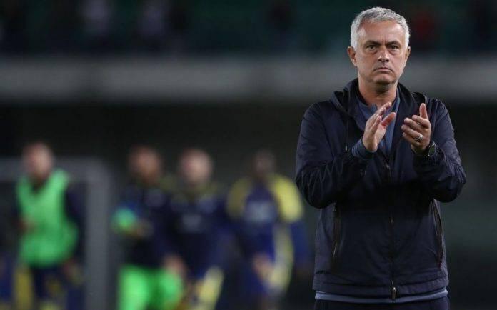 Mourinho applaude