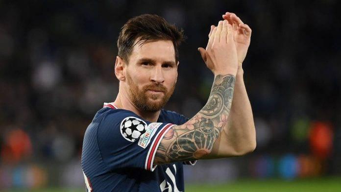Messi applaude PSG