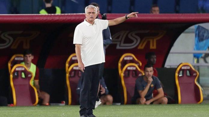 Mourinho indica Roma