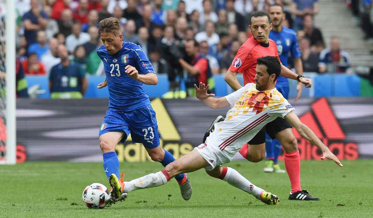 Giaccherini contro Busquets, ad Euro 2016