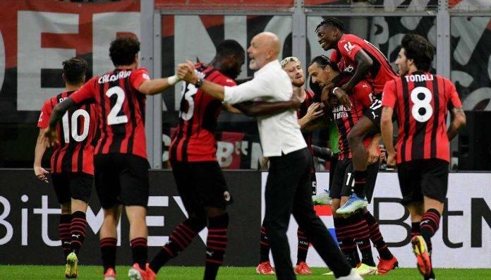 Il Milan esulta per il gol di Ibrahimovic