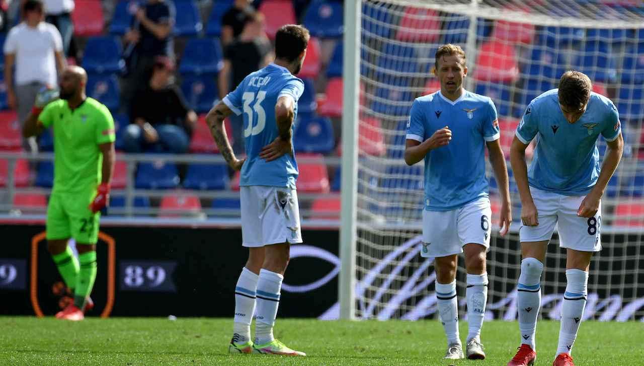 La Lazio sconsolata a Bologna per il gol subito