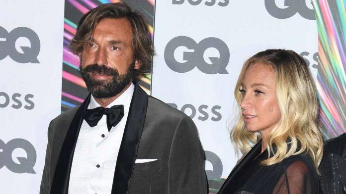 Pirlo all'evento GQ Men Of The Year Awards 2021 con la compagna Valentina Baldini