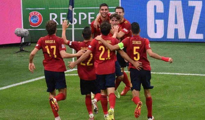 La Spagna esulta per il gol