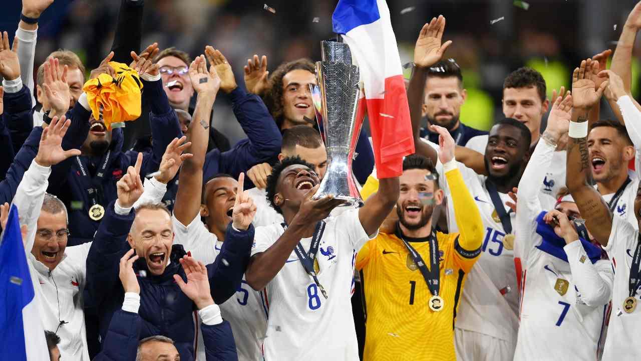 Tchouameni solleva la Nations League conquistata con la Francia