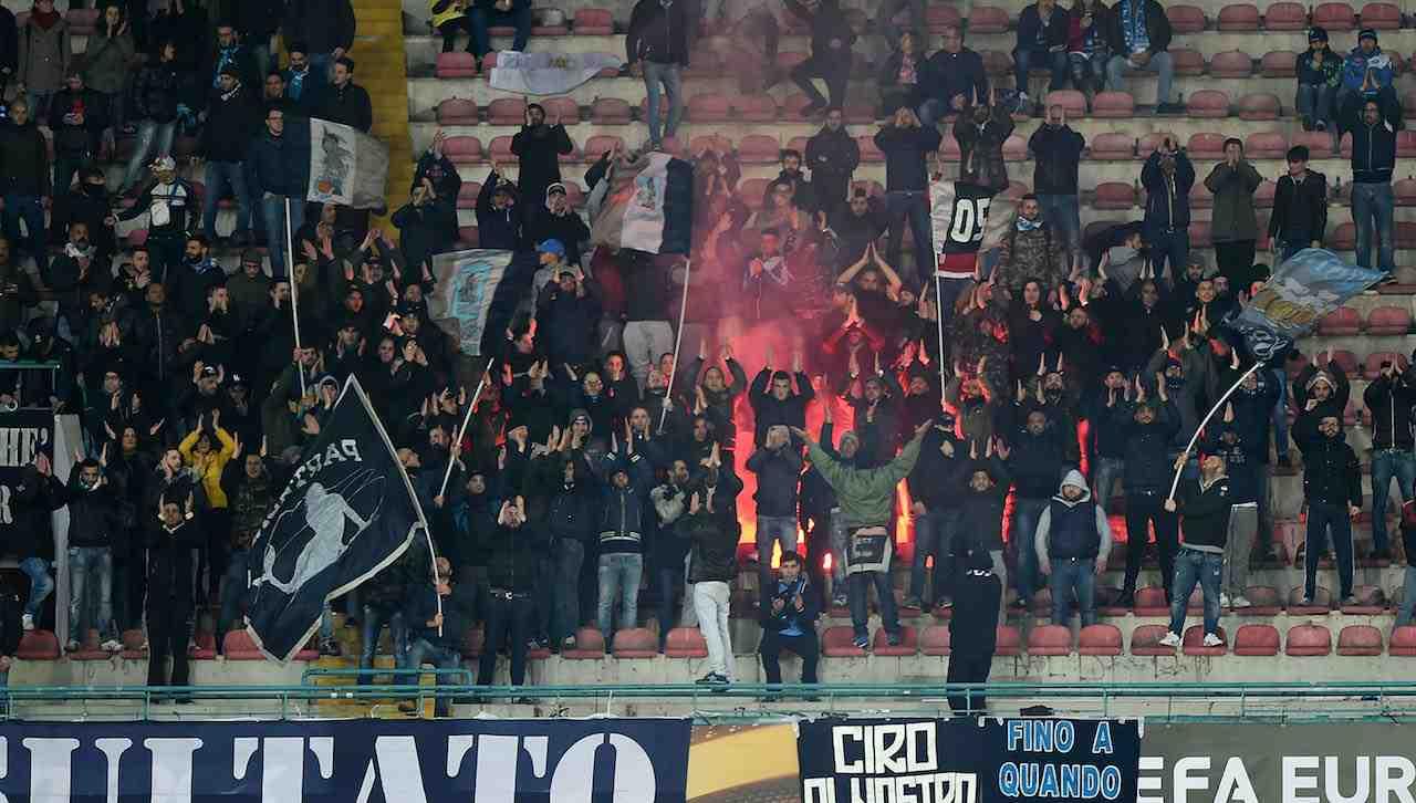 Curva A Napoli contro il Legia Varsavia